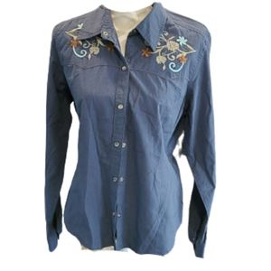 Levis embroidered pin stripe shirt